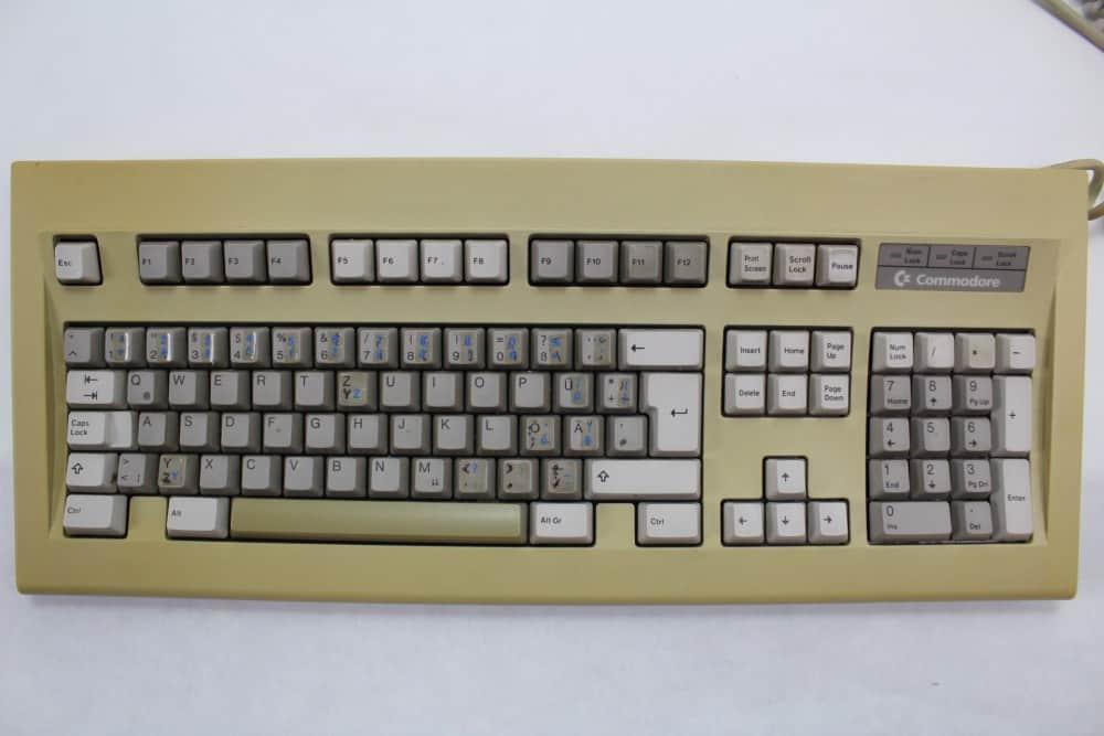 Commodore klávesnice k PC