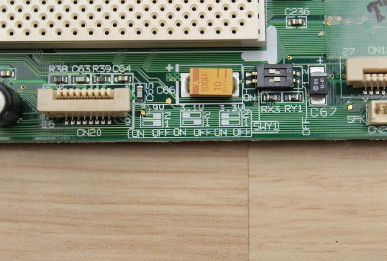 Popis na změnu napětí CPU
