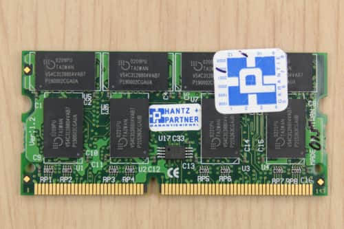 Paměť RAM 256MB