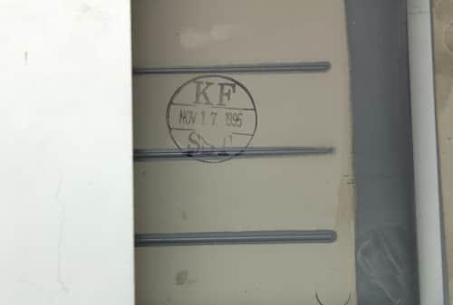 Datum na plastech