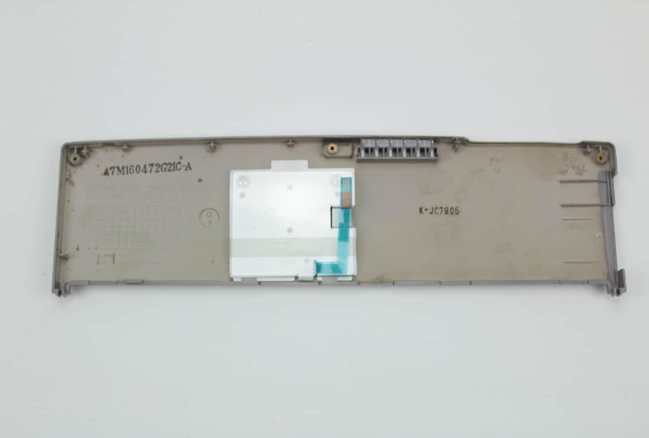 Kryt s tlačítky pro myš zezadu