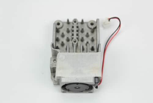 Chladič procesoru + větráček z druhé strany