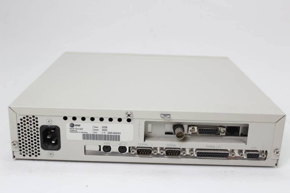 AT&T Globalyst 510 - Zadní strana
