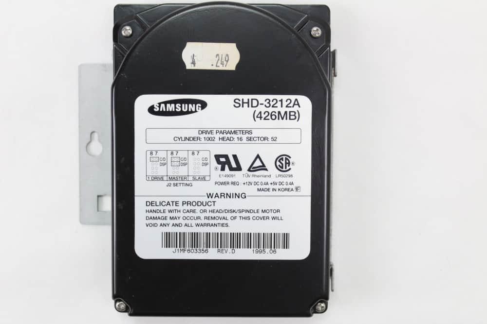 AT&T Globalyst 510 - Pevný disk