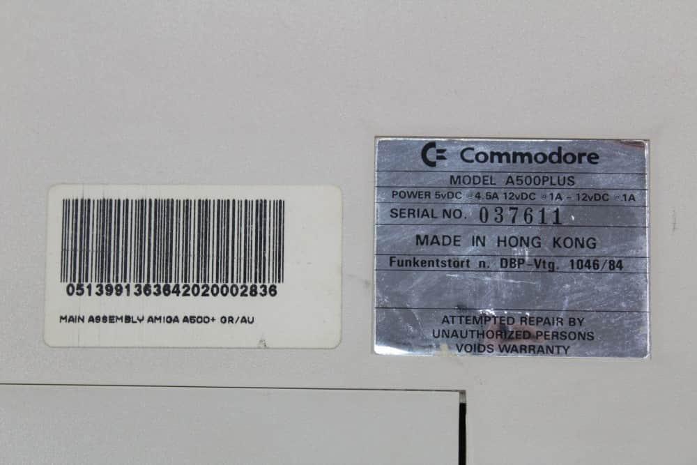 Commodore Amiga 500 Plus - štítky