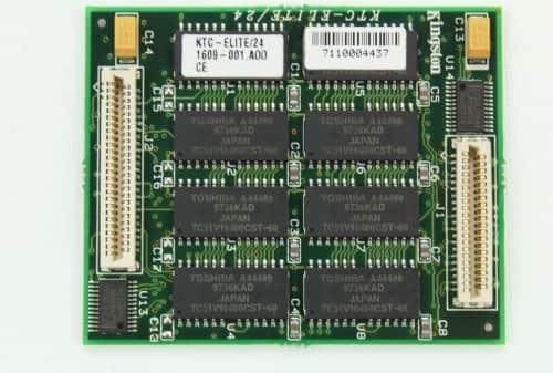 Nestandardní paměť RAM o velikosti 24MB a druhá strana