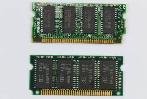 Paměť RAM 8MB + 16MB