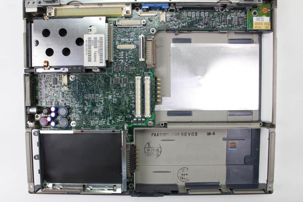 Hewlett Packard OmniBook 2100 - Bez procesoru