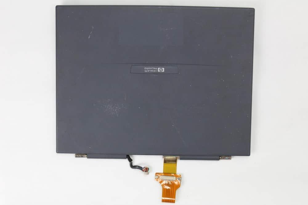 Hewlett Packard OmniBook 2100 - Odmontované LCD
