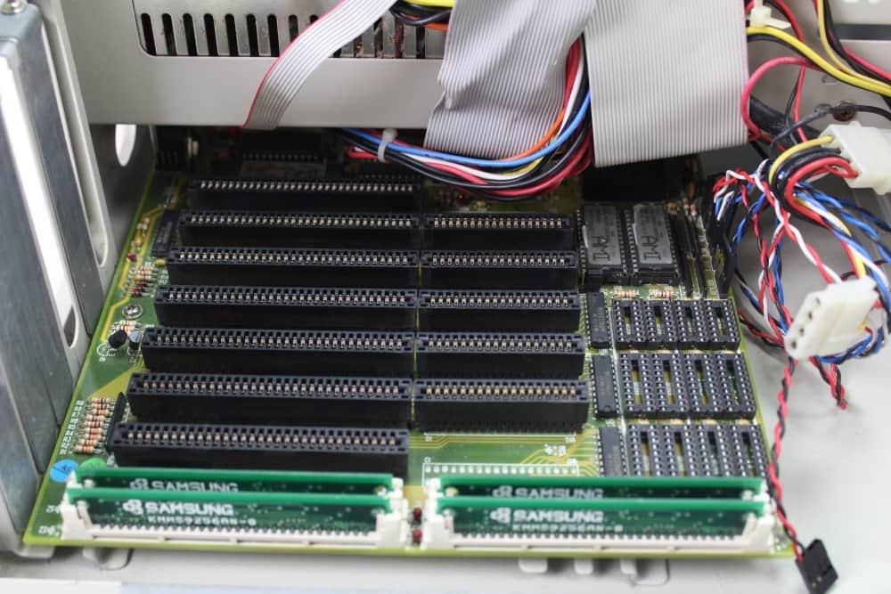 Highscreen Kompakt Serie-III 286 16MHz - Základní deska