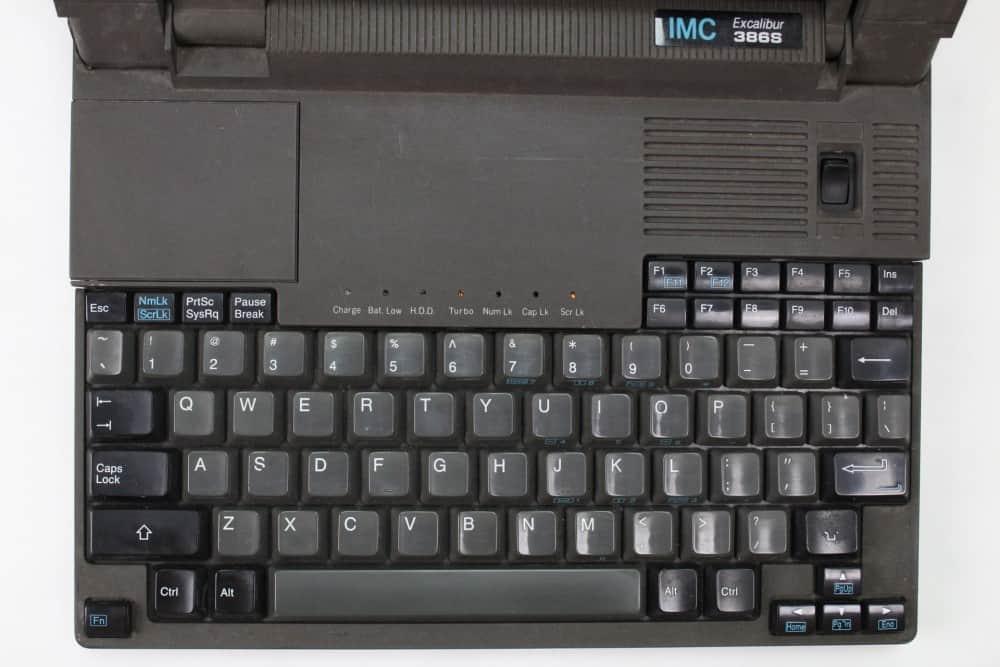 IMC-Excalibur-EL-386S - Rozložení klávesnice