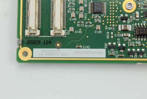 Procesor zespodu a číslo k identifikaci