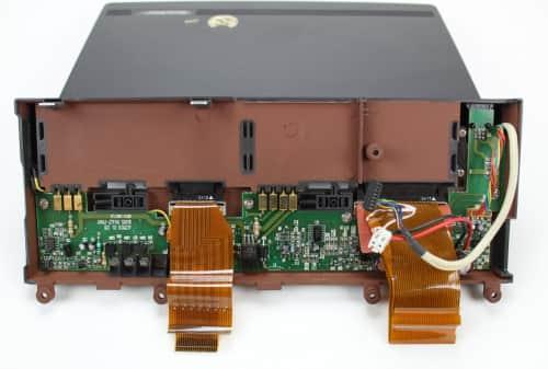 Uvolněné LCD zespodu