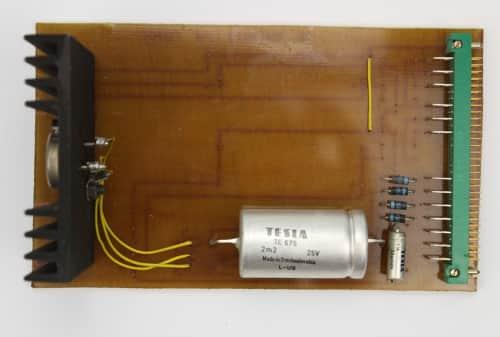 Zdroj PV SABRINA 01 - je stabilizátor napětí.
