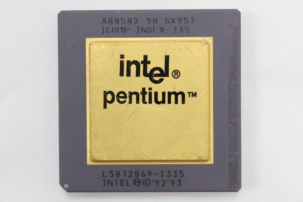 Intel-Pentium-90MHz-1