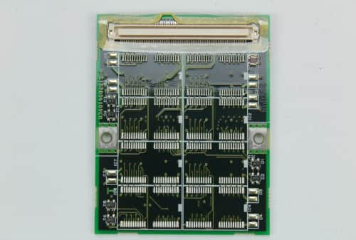 Atypická RAM 8MB z druhé strany