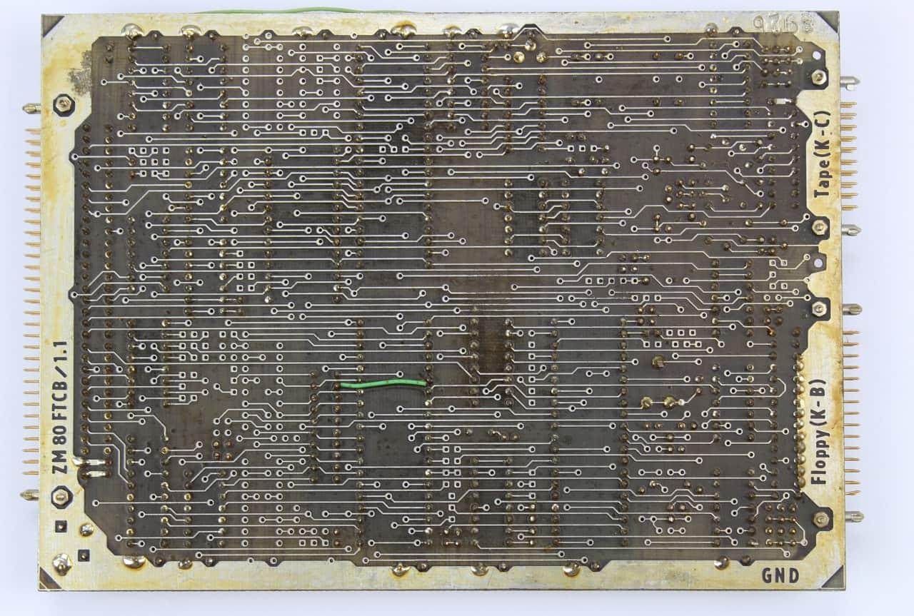 Deska FTCB pro ovládání disketových mechanik a klávesnice - zezadu