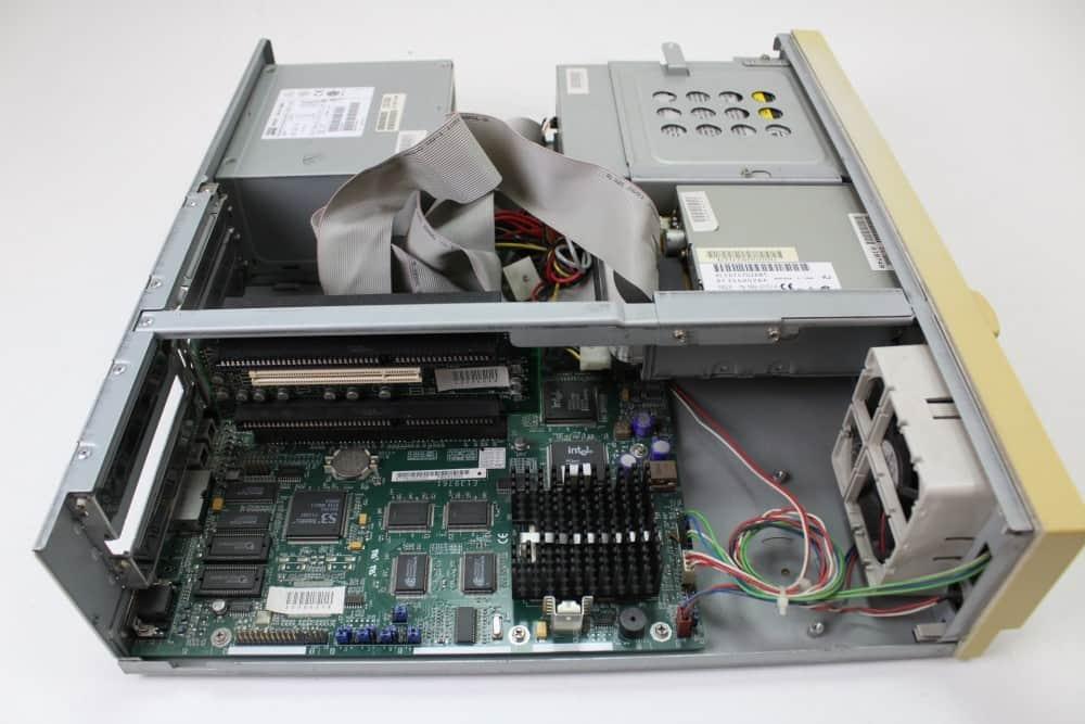 Zenith Data System Z-Station EL - Bez krytu