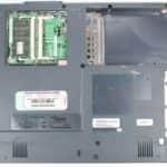 Zespodu a bez krytek - Fujitsu Siemens Lifebook E-6540