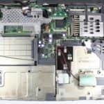 Odstraněn vrchní kryt - Toshiba Tecra 8000