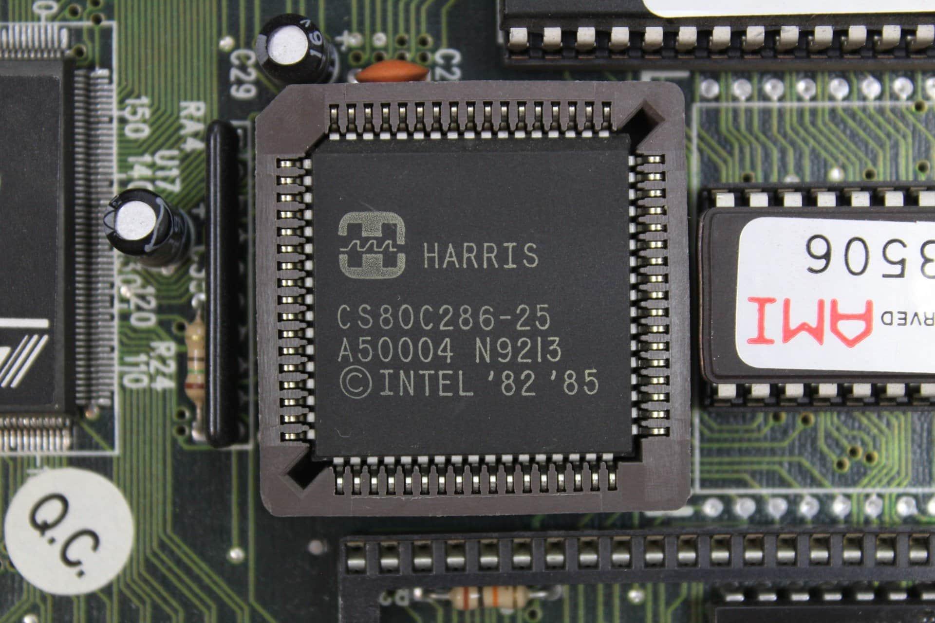8c2720b48 ... Procesor Harris 286 na 25MHz - PC VUJO 286 na 25MHz ...