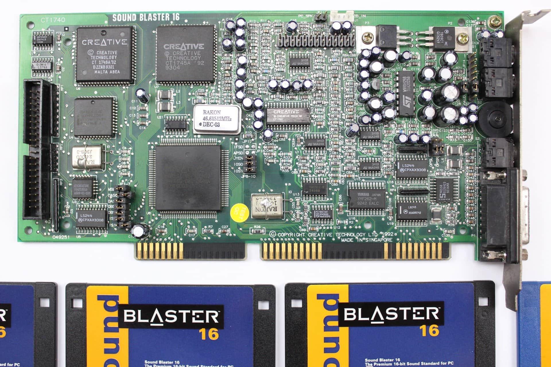 eb4f9e706 ... Sound Blaster 16 - PC VUJO 286 na 25MHz ...