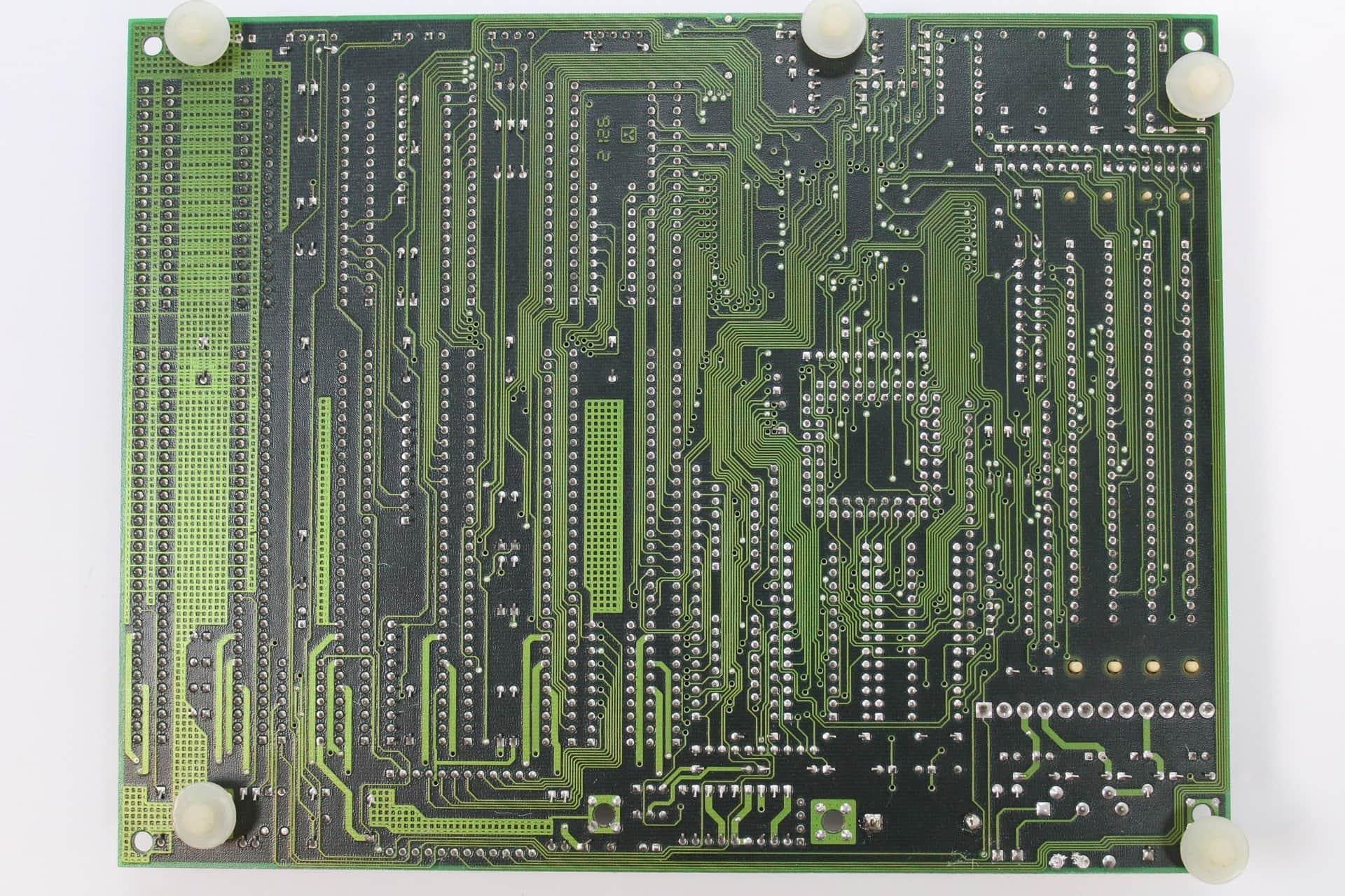 0bd77f4af ... Základní deska PC Chips M216 zezadu - PC VUJO 286 na 25MHz ...