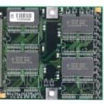 Rozšiřujících 8MB RAM zespodu - Toshiba Satellite Pro 420CDS