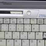 Rozbité LCD informační kontrolky - Fujitsu Siemens Lifebook E-6634