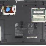 Zespodu a bez krytek - IBM ThinkPad 390