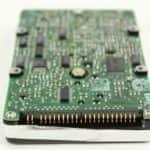 Pevný disk zespodu a konektor - Compaq Contura 3-25
