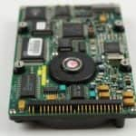 Pevný disk zespodu a konektor - Librex 386SX