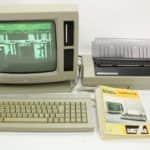 Zapnutá sestava zepředu - Amstrad PWC8512
