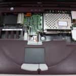 Odmontovaná klávesnice - DELL Inspiron 3800