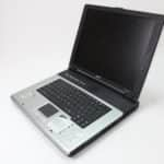 Otevřený zprava - Acer Aspire 1362LM