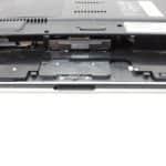 Uložení pevného disku za baterii - Acer Aspire 1362LM